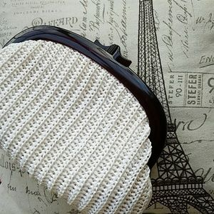 Gorgeous Vintage Woven Clamshell Clutch